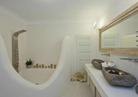 3 Bedrooms, Villa, Vacation Rental, Λοχαγού Κουρτίνου, First Floor, 2 Bathrooms, Listing ID 1059, Paros, Greece, Paros, Greece,