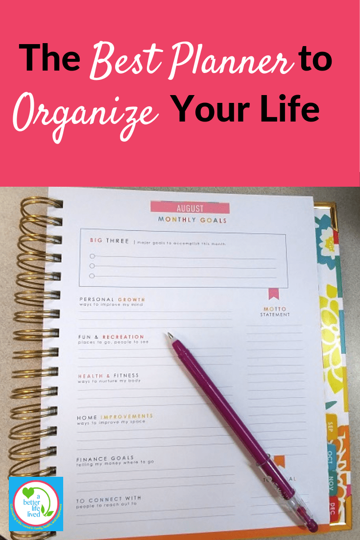 If tasks and commitments fill up your day so you never have time for what you want, you need a planner to organize your life. And I know the best one! #planner #planyourlife #organizing