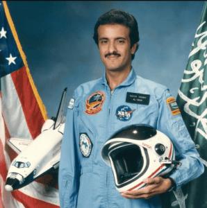 الأمير سلطان بن سلمان من رواد الفضاء العرب