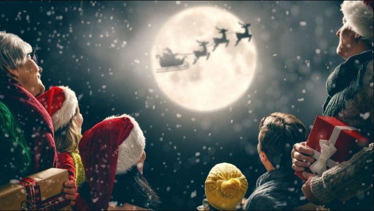 بابا نويل فى السماء