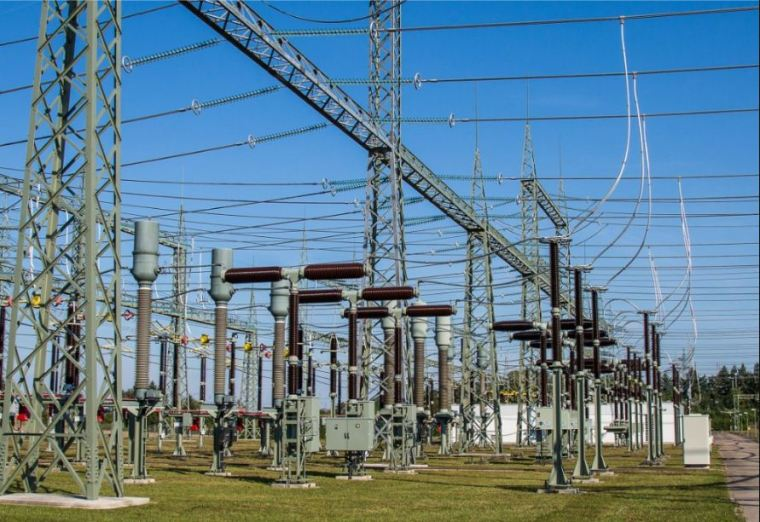 التيار الكهربائي المتردد