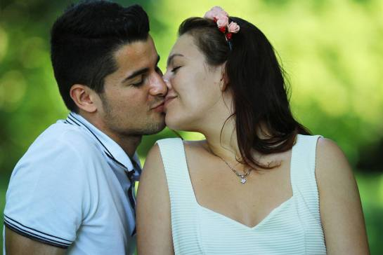 When We Kiss Reetam