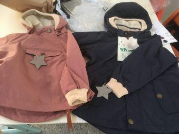 De 2 jakker