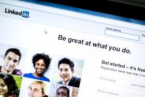 LinkedIn apprécié par les spécialistes du marketing B2B : Prévisions des réseaux sociaux de 2018