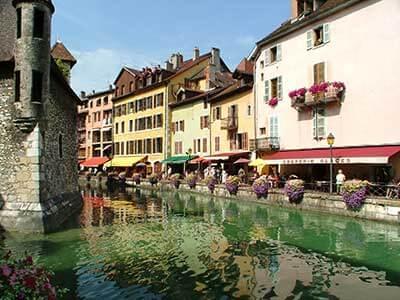 Des vacances confinées en France