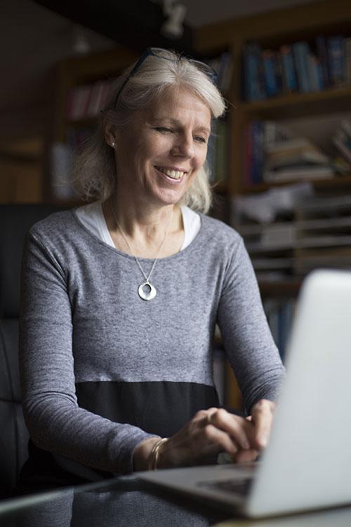 Polly Gavins Mediator