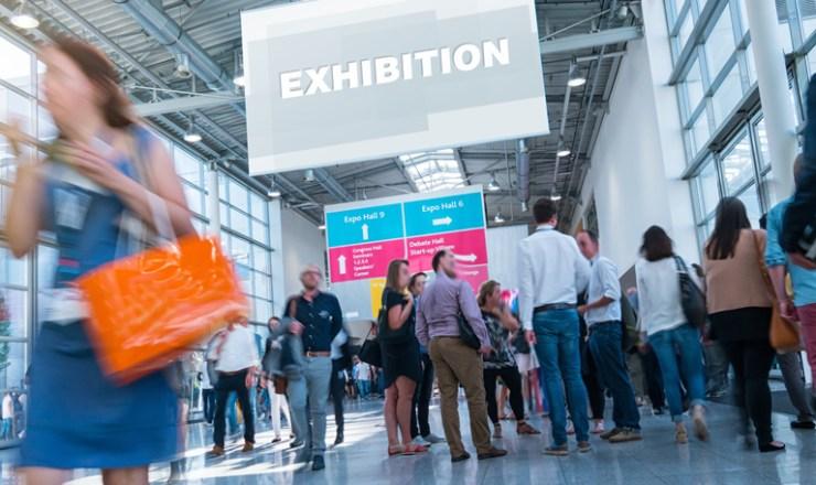 フランスでは海外進出に不可欠な9月の国際展示会、ヨーロッパ国際見本市が次々に中止に。Mondial de l'auto, Paris Games Week, Maison & Objet, SIAL等、大きな展示会が次々とキャンセルされる中、「9月1日よりこのような展示会・フェアの開催を許可する」と発表されました。