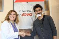 La dottoressa Michela Tassara insieme al comico Fabrizio Biggio