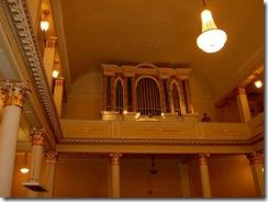 орган в церкви 016