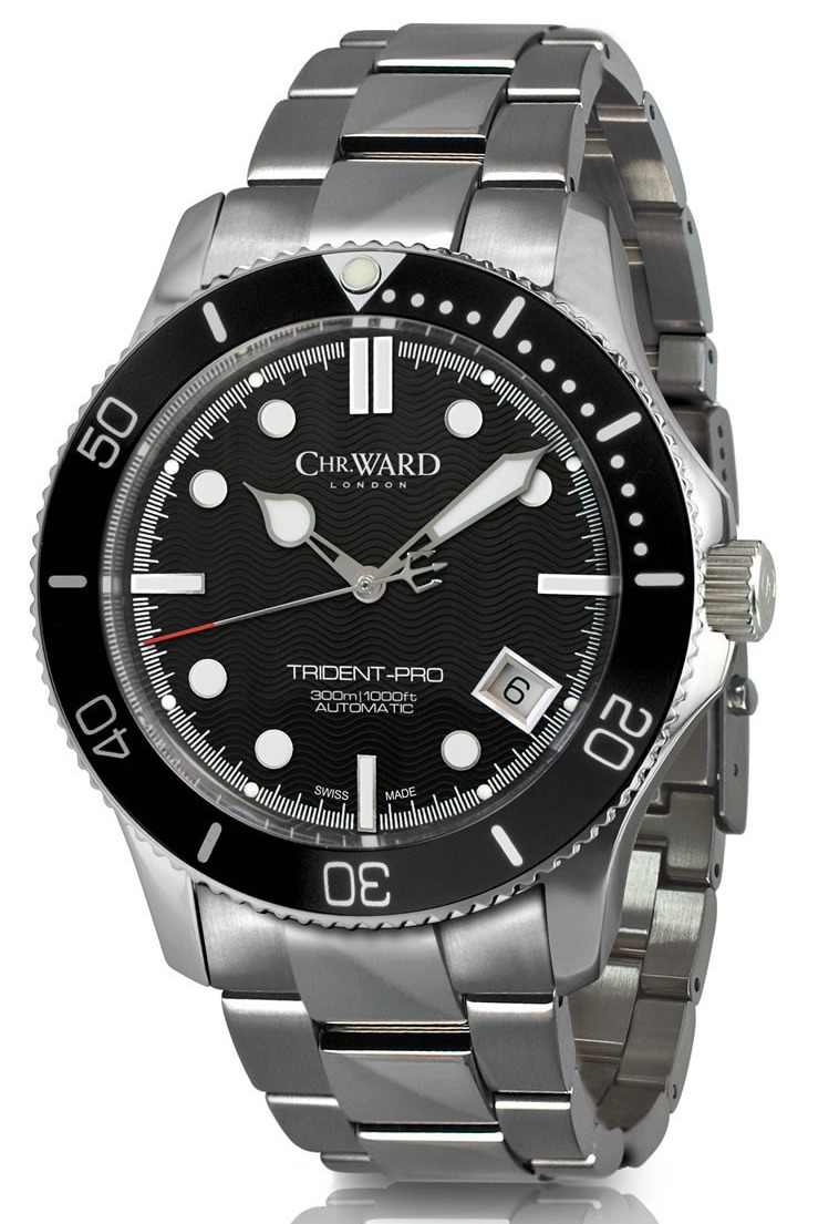 christopher ward 38mm diver with the c61 trident watch ablogtowatch