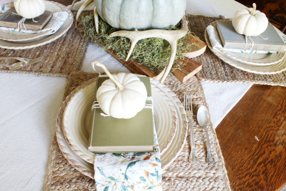 My Grateful Table | A Blue Nest
