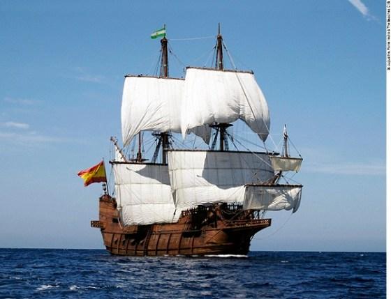 El Galeon arrives in St. Augustine Port