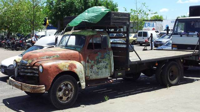 Etwas müde, aber fährt und transportiert seine Lasten