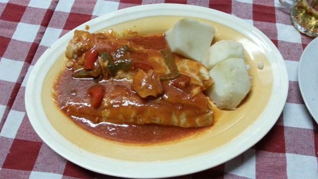 Fisch mit baskischer Soße