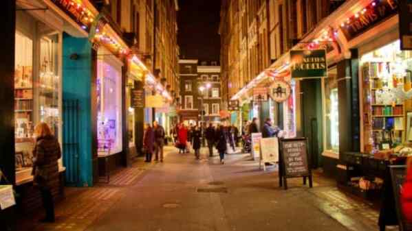Cecil Court, a Diagon Alley for book lovers. A fun part of your Harry Potter experience in London