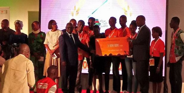Les gagnants des prix du hackathon CIE 2018 Africa Digital Revolution
