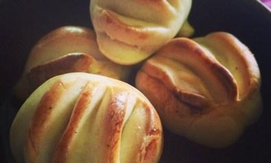 Pinagong: Filipino Bread