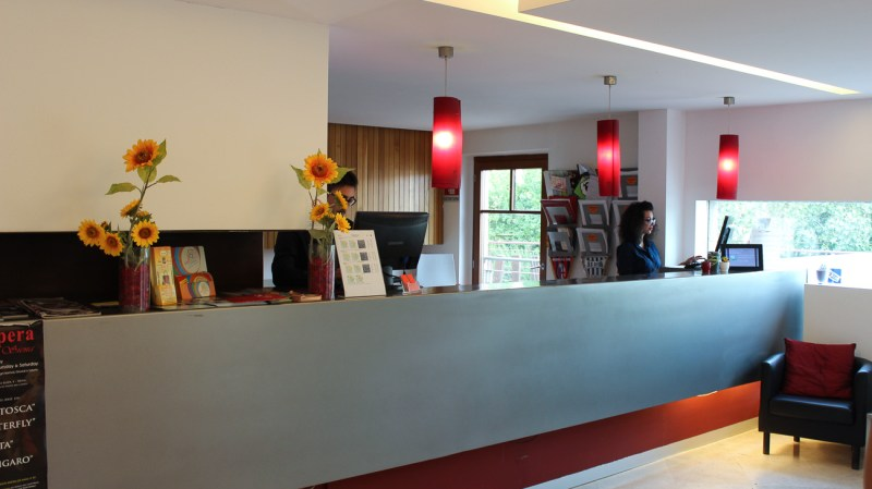 Rezeption Montaperti Hotel Siena