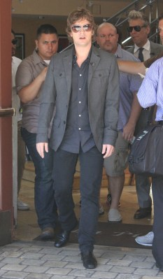 aRT_robthomas_kylecook_extra_set_Aug22-2012_ (11)