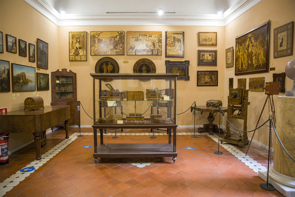 Museo Correale - Sala delle tarsie sorrentine