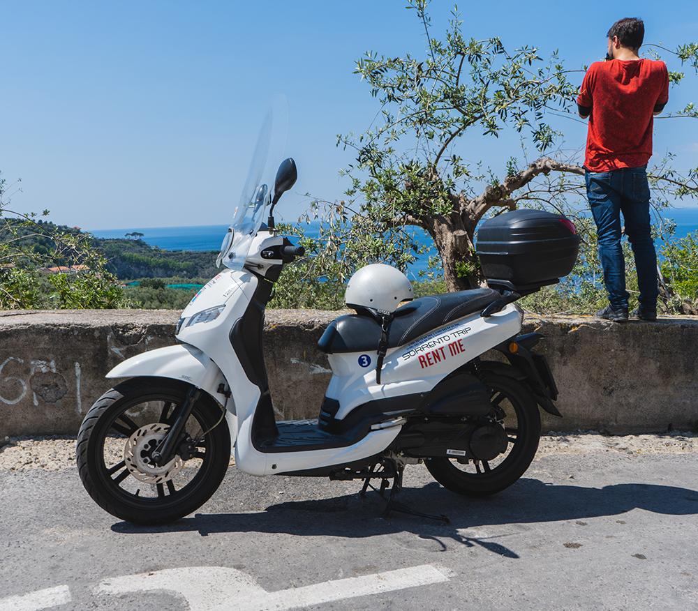 Noleggio scooter Nerano Penisola Sorrentina About Sorrento