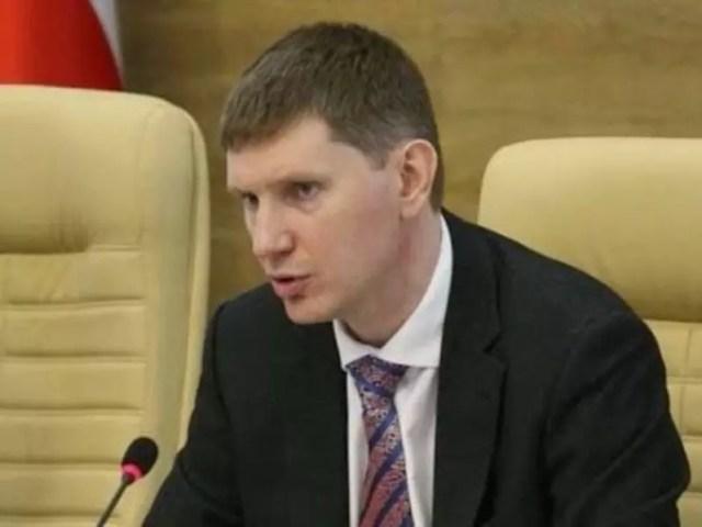 Российский коньяк: министр экономического развития РФ Максим РЕШЕТНИКОВ поддержал инициативу создания единой лицензии на производство.