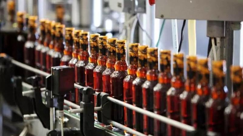Производство алкогольной продукции в России снизилось