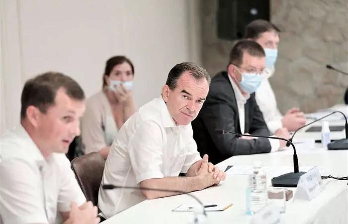 Вениамин Кондратьев провел серию встреч по вопросам развития виноградарства и виноделия