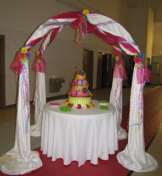 Bright & Beautiful Cake Gazebo