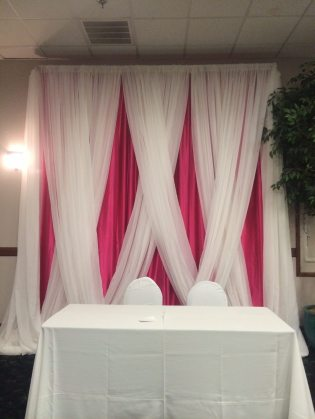 Rich fabric provides a splash of style and color. Perfect for weddings, receptions, corporate events, quinceanera, bar mitzvahs, anniversaries