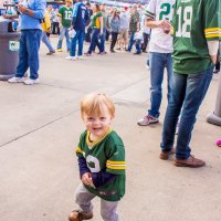Tips for Taking your Toddler to a Football Game!
