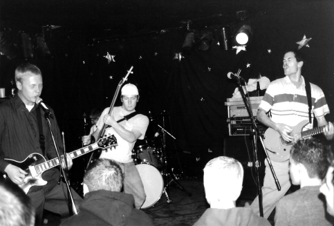 Dead Season at Call the Office, London, Ontario. December 18th 1998. Photos courtesy of Natalie Wojcik-Kurta.