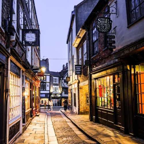 TOP York Attractions | 10 BEST things to do in York England