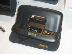 Memorex compact travel speaker ipod dock and clock