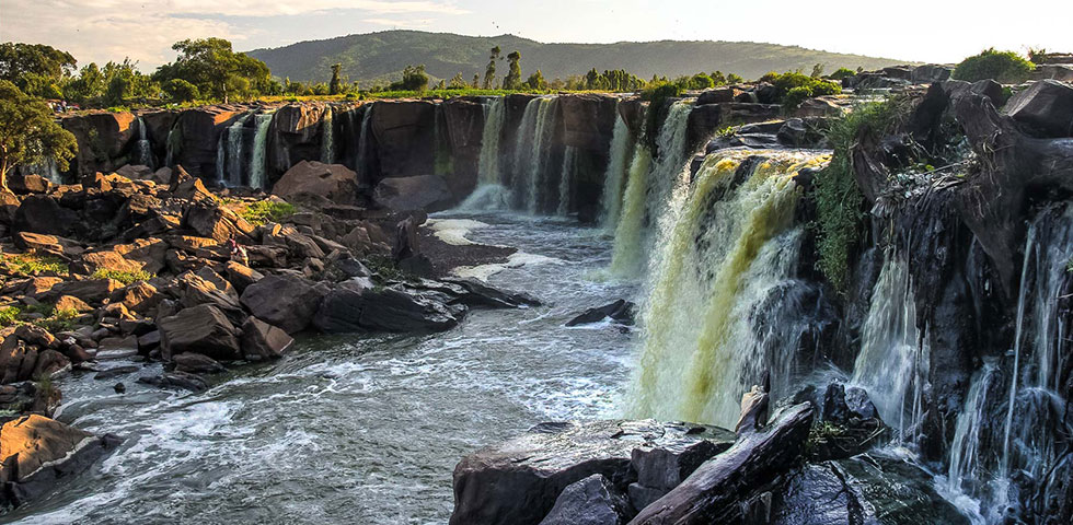 Fourteen Falls Day Trip From Nairobi