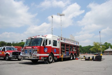 Yonkers-Heavy-Rescue-1-light-tower-heavy