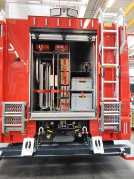 Rescue Truck-paratech-rosenbauer-fdic-2017-Freilassing, Germany (8)
