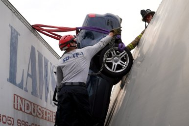 Miami-Dade Fire Rescue Big Rig Technician Training (1)