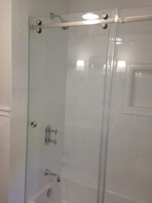 Frameless Barn Style Slider on Tub