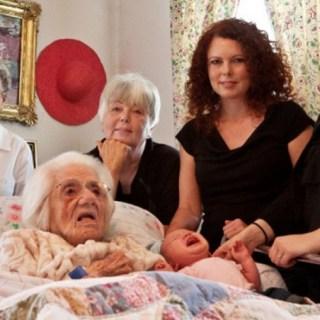 Argentina: diventa quadrisnonna a 90 anni