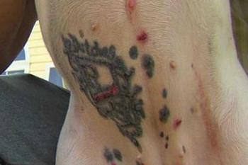 Fa un tatuaggio al proprio cane (1)