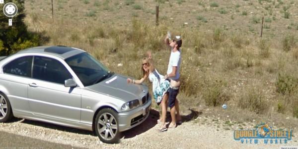 Beccati a fare sesso ai lati della strada da Google Street View