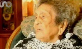 Nonna messicana finisce le elementari a 100 anni