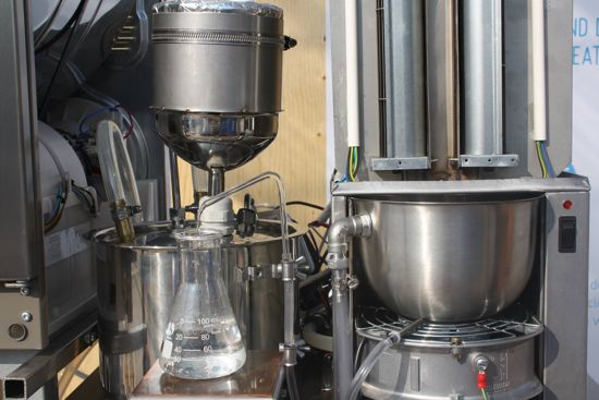 Svedesi inventano una macchina che trasforma il sudore in acqua potabile (2)