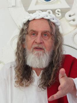 Inri Cristo, l'uomo che crede di essere Gesù reincarnato (2)