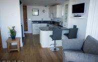 Trasforma un blocco di servizi igienici in una casa a due camere (4)