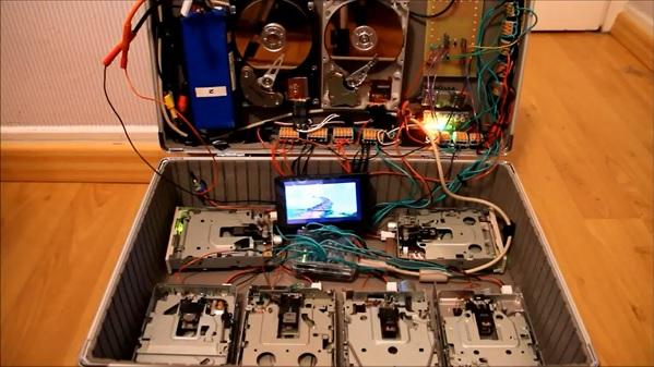 Crea cover con Floppy e Hard Disk Drive