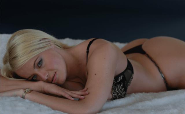 Gwyneth Montenegro, sesso con 10000 uomini (1)