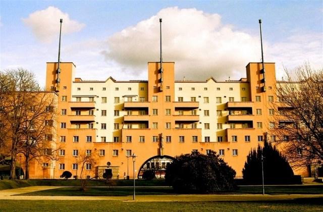 L'edificio residenziale più grande del mondo (1)