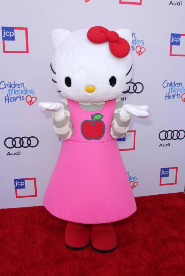 Lo sapevate che Hello Kitty in realtà non è un gatto? (3)